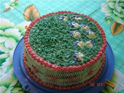 привет девочки выставляю свой простенький торт который пекла на семейный ужин и в разрезе