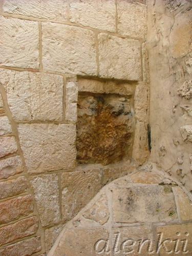 Еврейский квартал - лабиринт переплетающихся между собой средневековых улочек и переулков - 2