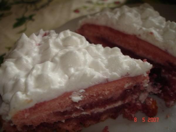Очень стыдно было такую кривульку дарить, но имеиница была рада Это мой самый первый торт с мармышк... - 7