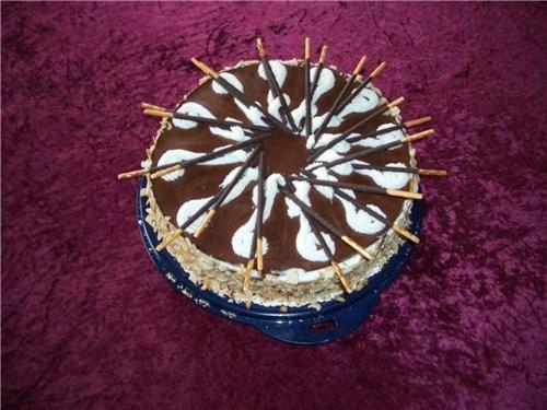 А вот торт Микадо,я уже начила переводить Рецепт,а может он здесь уже и есть,но как только переведу...