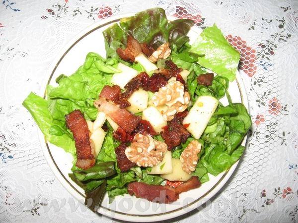Ленусь, какой салатег аппетитный, а я тоже сейчас салатеком отланчевала, только заместо помидор, ог...