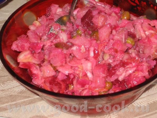 Так мы отмечали Рош-а-Шана: Салат с маслинами-2 Винегрет Маринованые грибы Что-то грузится очень ме... - 2