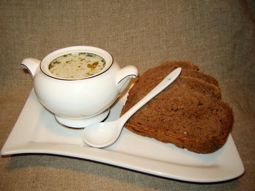 Грибной суп с перловкой (*12 часов) 350 г грибов 3 ст ложки сливочного масла 1 лук-порей (белая час...