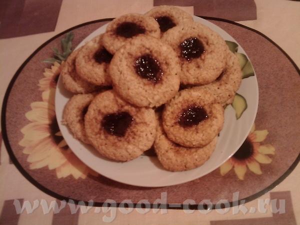 и очередная спасибка alisia за Овсяное печенье с зеркальным окошком Взяла джем из черной смородины,...