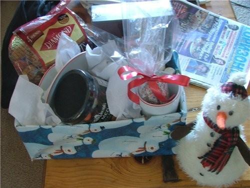 Парни мои в етом году сами озаботились подарками для бабушек и дедушек