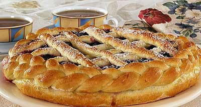 Открытый пирог со смородиной пирог тесто дрожжевое - 700-800 г смородина - 300 г яйцо - 4 шт