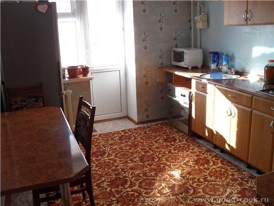 Ну и продолжу показывать кухню специально для Наташи печь и холодильник это вид когда заходишь на к...