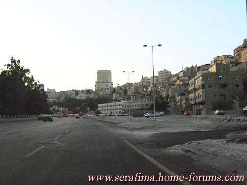 вот пару кадрикоФ из Аммана (выбирать не приходилось, шо видела по дороге, то и ШШолкала (что успев... - 2