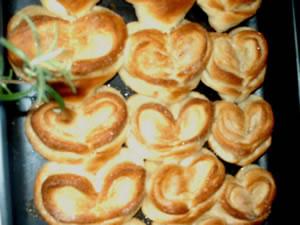 Я люблю печь плюшки в форме сердечка