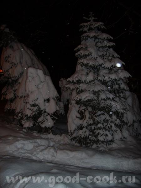 Алис, такой снежок чистый, на втором фото прямо видать как он искриться