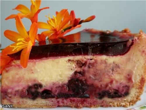 Вчера сделала замечательно вкусный тортик от Анечки - Ангел, а сегодня уже ни кусочка не осталось