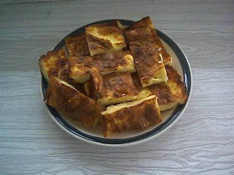 """необходимые продукты:""""Filo Pastry"""" (тонкие листы для приготовления слоёного теста),4яйца,300гр брын..."""