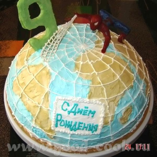 А я вот только что отдала тортик мальчику на 9-летие))) Внутри клубничное суфле с клубникой, глазир...