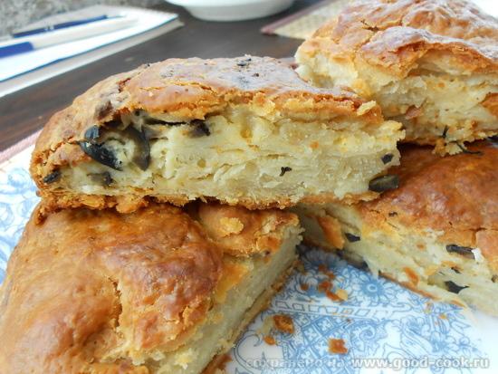 пирог слоеное тесто творог оливки