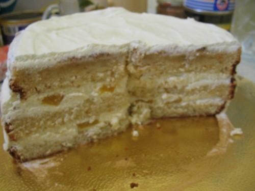 Апельсиновый бисквит и сметанно-твородно-сливочный крем с кусочками персиков Бисквит просто песня - 2