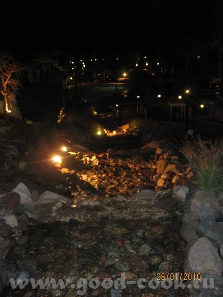 я как и Оля ( ) ездила в Египет в Шарм эль Шейх, отель Hilton Waterfalls (*****)
