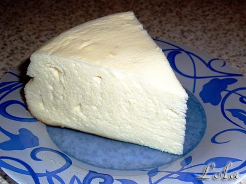 Наш творожный завтрак - Тортик-запеканка Рецепт: - 5 яиц ( отделить белки от желтков) - 700-800 гр...
