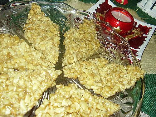 Девочки, Новый Год на носу и вчера я наконец приготовила гозинаки - традиционную новогоднюю сладост...