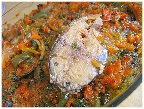 РЫБА ПЛАКИЯ рецепт от Аллы-alia * Свежая рыба судак,сазан или карп, любая крупная рыбина * 4-5 шт