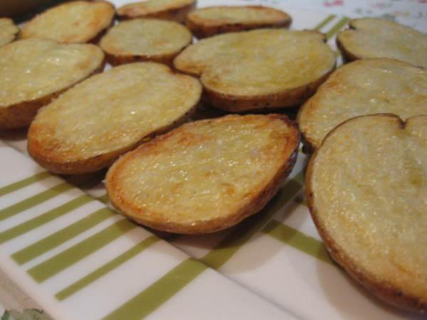 запеченная картошечка половинками