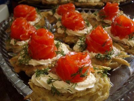 паучки с лососем от джазовой Ирочки так как часть гостей уже начали поститься, на горячее была форе...