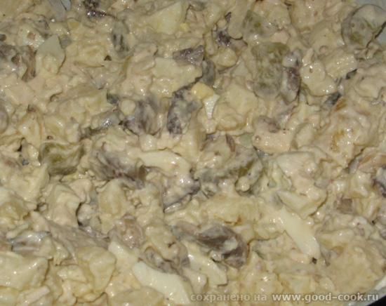 """37/100 Салат """"Мясной пир"""" половина куриной грудинки 5 картошек 3 яйца 150 гр куриной печени 2 солен - 2"""