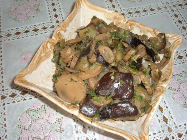 Баклажановый салат с грибами 2 средних баклажан