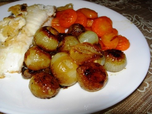 Вот такие луковички и морковку глазированные сегодня приготовила