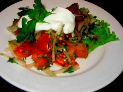 Девочки у нас сегодня на ужин: Суп-потаж грибной салатик Помидорный салатик - 2