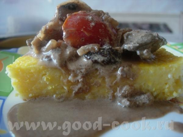 Куриная печень с помидорами и сухими грибами