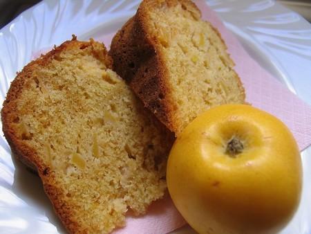 Ароматный яблочный кекс, рецептик давно-давно перевела себе с греческого кулинарного журнальчика, т...