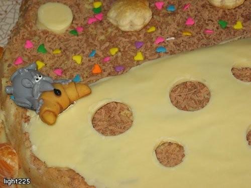 И бисквит с безе и орешками Прошу простить за крошки, на столе не было времени снимать: [ Рецепты м...