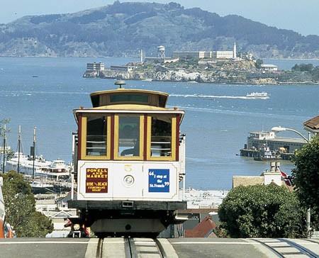 Cable car -тоже один из символов Сан-Францисцко