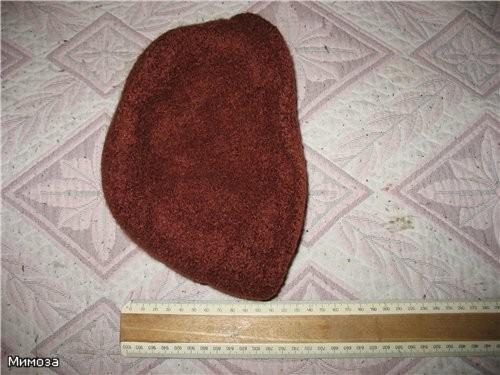 Для этих шапочек никакого инструмента не требуется (кроме спиц, конечно) - 3