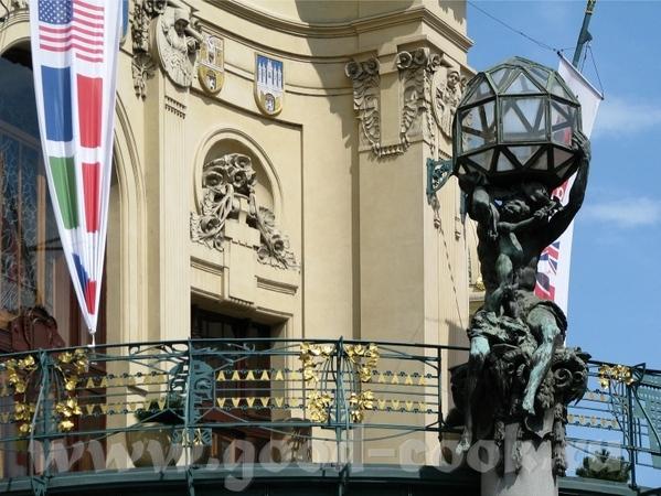 Древнейшие Астрономические часы Пороховая башня Просто зарисовки Старого города - 4