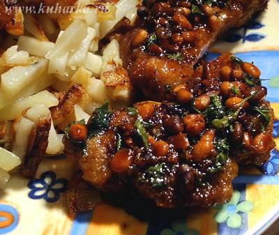 """Сегодня у нас была """"Свинина с кедровыми орешками"""" Это блюдо для любителей мяса со сладким соусом"""
