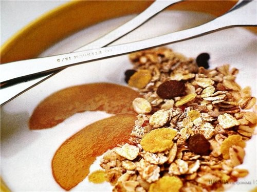 * если в закваску добавить 2-3 чайные ложки натурального сока, то готовый йогурт приобретет приятны... - 2