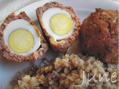 """Содержание: Яйца по-шотландски от June Бигос по-домашнему от June Ссылка на """"Стрекоза из сосиски"""" о..."""