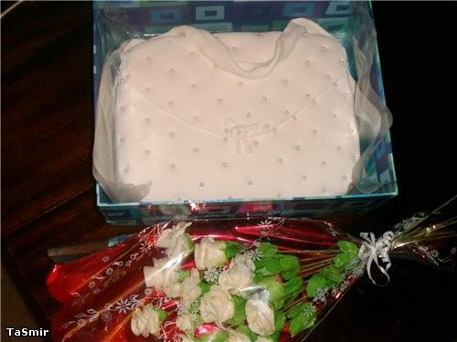 Торт Сумка с букетом роз - 3