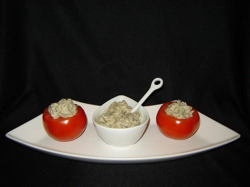 Израильский салат Почему этот салат называется именно так,не знаю
