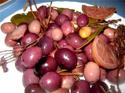 Оливки Cornicabra домашней засолки Первый раз в моей жизни солила сама оливки