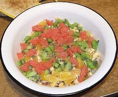 Далее -- фруктовый салат ТАЗ ФАС и профиль