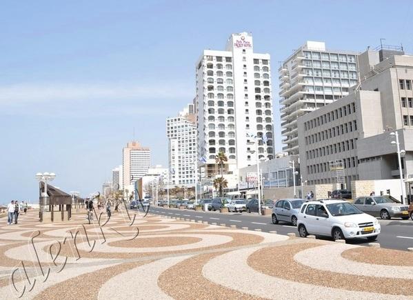 От Мигдаль-Опера до самого центра Тель-Авива тянется роскошный морской бульвар