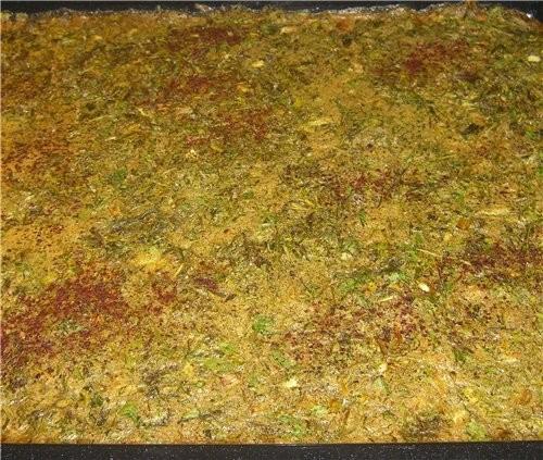 сделала сегодня Кюки: 9 яиц взбить,положить туда пучок мяты(листики),укропа,петрушки,кинзы,зелёного...