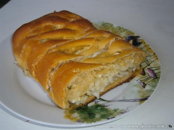Пирог-плетёнка с рисом и яйцами