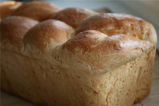 """этот хлеб можно выпекать в самых разных формах,очень эффектно выглядит """"коса"""" молочный хлеб из книг..."""
