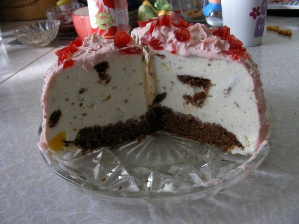 Очень стыдно было такую кривульку дарить, но имеиница была рада Это мой самый первый торт с мармышк... - 6