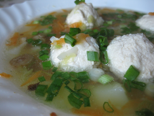 Капустный суп с фрикадельками (диетический)
