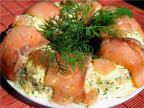 фоторецепты салата из малосольной семги