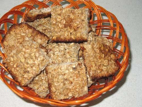 Овсяное печенье Ингредиенты: 2 яйца 1 ст